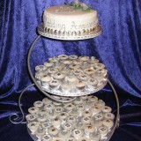 anniversary-mini-cup-cakes